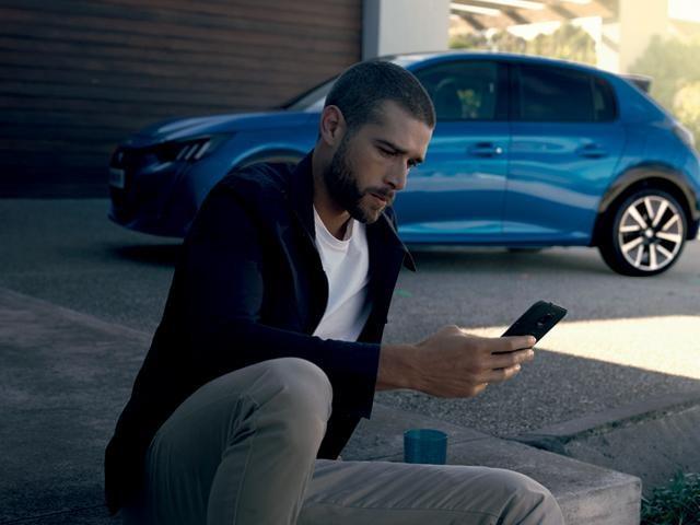 Peugeot 208 online