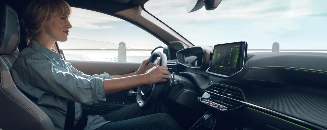 Peugeot_test_drive