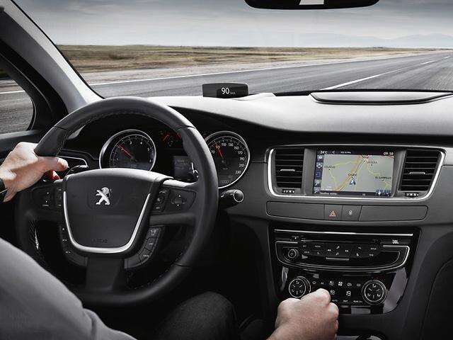 Peugeot_508_inside
